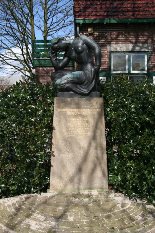 Monument '40-'45